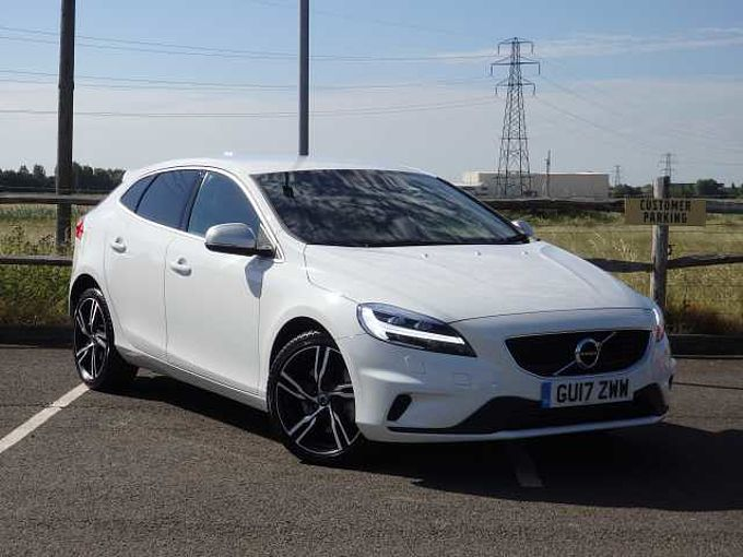 Volvo V40 D4 R-Design Pro with Winter Pack