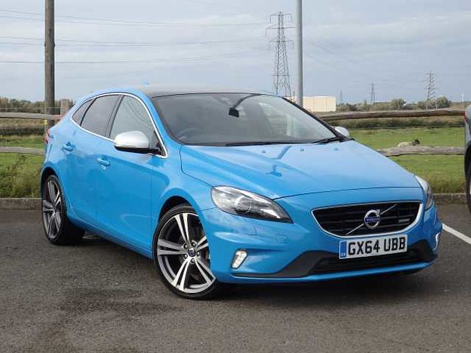 Volvo V40 D4 R-Design Lux Nav Automatic (0% Finance Available) Sunroof & Rear Camera