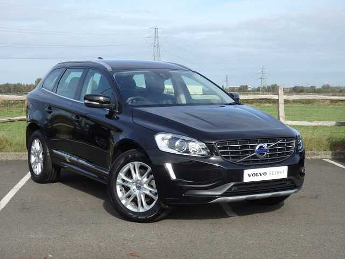 Volvo XC60 D5 AWD SE Lux Nav Automatic with Winter Pack & Rear Parking Camera
