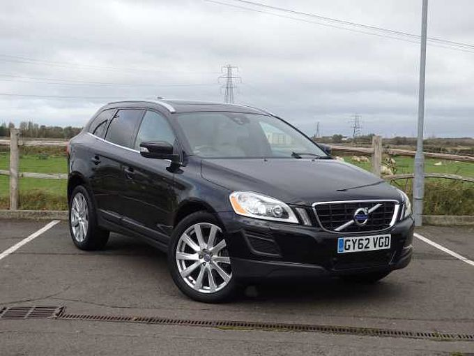 Volvo XC60 D5 SE Lux Nav Auto with Inscription Pack, Panoramic Sunroof & 20' Alloy Wheels