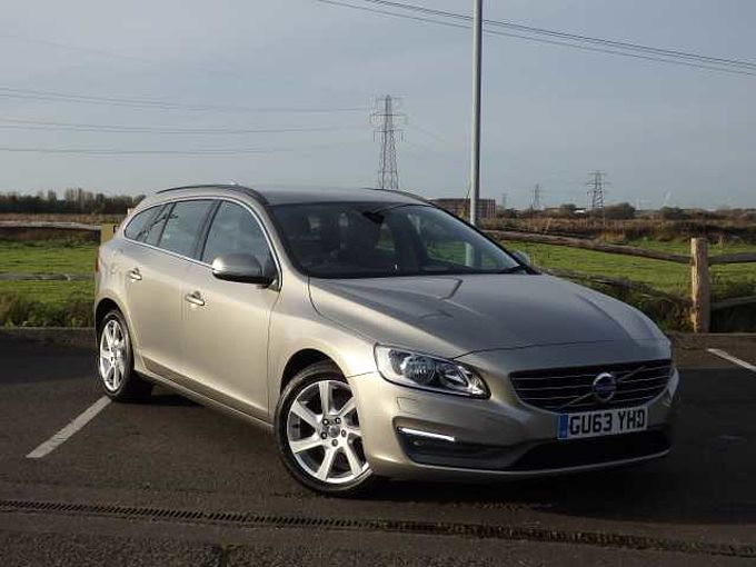 Volvo V60 D3 Geartronic SE with Winter Pack and 17' Pandora Alloy Wheels