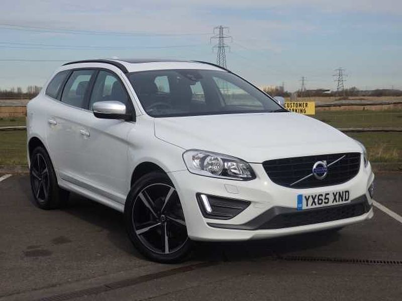 Volvo XC60 D5 R-Design with Panoramic Roof, 20' Ixions and Winter Pack
